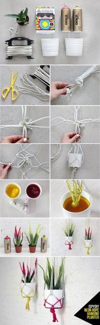 Pot suspendu avec des cordes