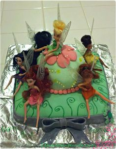 Tinker Bell Cake  http://cleverhousewife.com/2012/05/tinker-bell-cake/