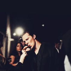 """""""Stop making me wish I was a cigar. It's not healthy."""" - Oh God, his face. *_* Just...hnng!"""