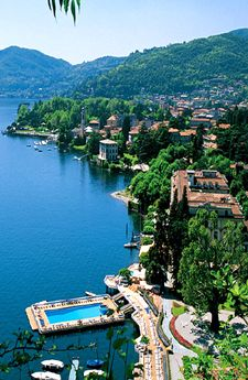 Lake Como Tour Packages.Maybe a dinner with George,I'll even cook while the guys chat.