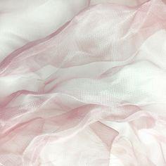 #fabric #pink #metallic #silk #ss18 #pv #paris