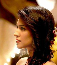 Indian Celebrities, Beautiful Celebrities, Beautiful Actresses, Gorgeous Women, Bollywood Girls, Bollywood Stars, Front Hair Styles, Beautiful Bollywood Actress, India Beauty