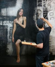 Hyper Realistic Mural Art by David Jon Kassan - Pondly Realistic Paintings, Wall Paintings, Portrait Paintings, Art Mural, Figure Painting, Painting People, Art Studios, Artist At Work, Figurative Art