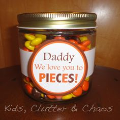 Father's Day Love you to pieces jar - FREE PRINTABLE TAG