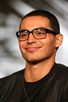 "actor manny montana | Manny Montana Actor Manny Montana speaks onstage at the ""Graceland ..."