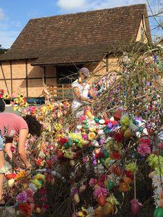 Festa que resgata tradições alemãs de Páscoa contará com a maior Osterbaum do mundo e programação para todas as idades