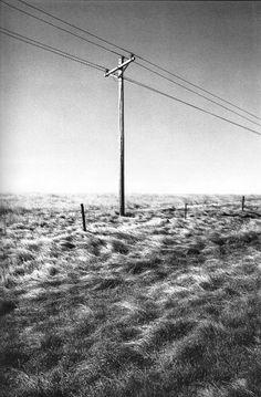 Raymond Depardon - « Errance » Magnum Photos, Winter Photography, Landscape Photography, Gilles Caron, Black White Photos, Black And White, Villefranche Sur Saône, French Photographers, His Travel