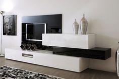 COMPOSICIÓN 20  Composición modular de líneas rectas con gran diseño y panel para TV, ideal para no colgar ningún mueble a la pared, de 360 cm.