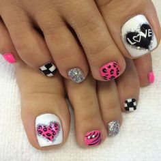 Love your feet and dance to the beat. or just go wild and dance in your own style 😎 💃 Pretty Toe Nails, Cute Toe Nails, Fancy Nails, Love Nails, My Nails, Pedicure Designs, Pedicure Nail Art, Toe Nail Designs, Toe Nail Art