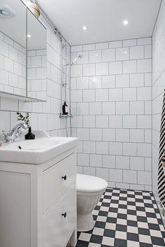 Totalrenoverat oanvänt badrum (gjort av fackmän)