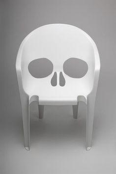 Znalezione obrazy dla zapytania tattooed chair plastic