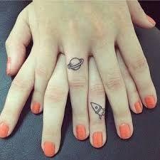 Resultado de imagen para tatuajes chicos de amigas