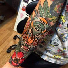 Картинки по запросу neo traditional clock tattoo