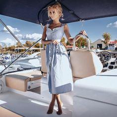 Купить голубой сарафан на пуговицах за 2900 руб. в интернет магазине InTrend