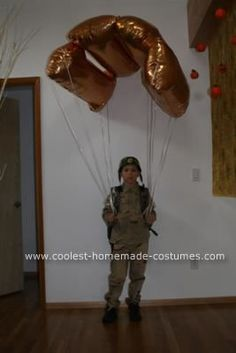 Coolest Homemade Paratrooper Costume Halloween 2010 Coolest Homemade Costume Contest Runner-Up. Paratrooper costume submitted by Misha from Portland, OR. Costume Halloween, Halloween Party, Halloween Costume Contest Winners, Zombie Costumes, Group Halloween, Creative Costumes, Cute Costumes, Awesome Halloween Costumes, Costume Ideas