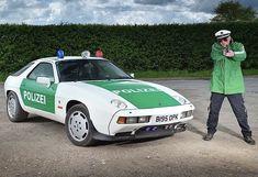 Porsche 928 police (polizei) car. Police Cars, Race Cars, Porsche 928, Supersport, Emergency Vehicles, Super Cars, Racing, Bike, Hot Rods