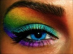 I'm not to big on the whole rainbow eye makeup that girls do nowadays, but this is pretty cool.