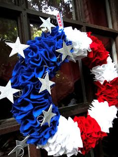 Must make this: Fourth of July wreath!