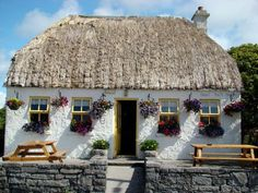 All I want is just a little Irish cottage by the sea. _____________________________Do feel free to visit us on WWW.WONDERFULIRELAND.IE ... for lots more pictures and stories of Ireland.