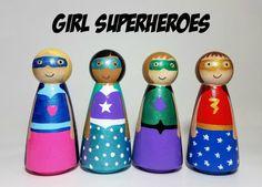Superhéroe Peg muñeca conjunto juguetes de madera Waldorf