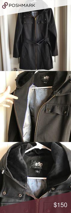 Metro Kristen Blake Coat Jacket Fur Hood Zip Up Size L. Excellent condition. Very warm. Kristen Blake Jackets & Coats