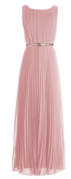 Peachy pleated maxi- maybe a more dressy slim gold belt JL Pretty Outfits, Pretty Dresses, Beautiful Dresses, Cute Outfits, Chiffon Dress, Dress Skirt, Look Fashion, Fashion Beauty, Pleated Maxi