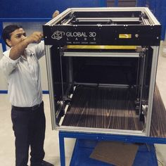 We now make 3D printers bigger than our technician, Roop.  This 500mm x 500mm x 500mm behemoth is called Pramaan Platinum.  #3dprinting #3dprinted #3dprint #startup #technology #design #rapidprototyping #additivemanufacturing
