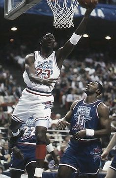 Mike Gets Two, '92 All Star Game.