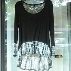 OLIVIA beautiful hi low top check pictures Preowned, good condition Olivia  Tops