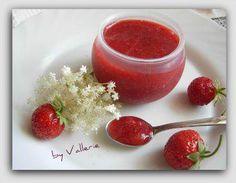 Das perfekte Erdbeer-Hollunderblüten Konfitüre-Rezept mit einfacher Schritt-für-Schritt-Anleitung: Die Holunderblüten nur gut abschütteln nicht…