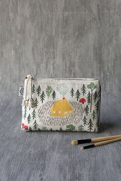 Retreat Small Cosmetic Bag - Made from linen this small cosmetic bag is perfect for storing your beauty essentials, small accessories, toiletries and more. A cotton cord zipper is a nod to the cottage aesthetic, while it also keeps contents secure. Small Cosmetic Bags, In Cosmetics, Sell On Amazon, Beauty Essentials, Zipper Pouch, Travel Style, Bag Making, Vegan Leather, Travel Bags