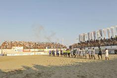 #BeachSoccer:Inizio della gara con un pubblico da brividi