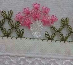 Crochet Mittens Pattern, Crochet Motif, Crochet Flowers, Knitting Patterns, Crochet Patterns, Yarn Crafts, Diy And Crafts, Crochet Unique, Handgestrickte Pullover
