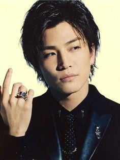 岩田剛典 3代目j Soul Brothers, Asian Celebrities, Male Man, Japanese Men, High Low, Beautiful People, How To Look Better, Hair Beauty, Handsome