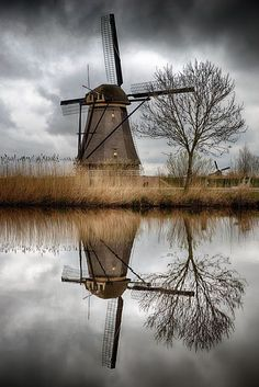 This Ivy House — Windmill…reflection by. Great Photos, Cool Pictures, Beautiful Pictures, Nature Pictures, Netherlands Windmills, Beautiful World, Beautiful Places, Old Windmills, Old Barns