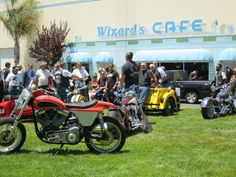 Rodent reports on the goings on at Mike Corbin's facility during the Hollister Rally this past holiday weekend.