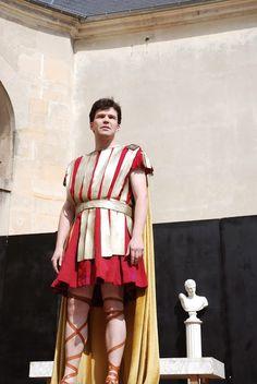Rôle d'Oreste dans « Andromaque » de Racine Mois Molière 2014 avec la compagnie Théâtre des Deux Rives