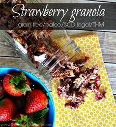 Strawberry granola - Simply Healthy Home paleo breakfast oatmeal