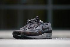 Nike Wmns Air Max 1 PRM Anthracite Black - 454746-007