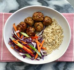 Save time and money on your lunches this week with this delicious recipe for Sticky Pork Meatball Bowls. Make in advance and then heat up for lunch. Healthy Mummy Recipes, Healthy Meals, Eat Healthy, Meatball Bake, Meatball Recipes, Sticky Pork, Dinners For Kids, Kids Meals, Pork Mince