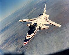 正面から見たX-29A