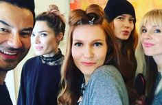 Stars prep for the Oscars with face masks and manicures