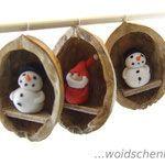 Chicken in a Walnut – White Leghorn – Needle Felted Ornament – 2019 - Wool Diy Cute Christmas Tree, Woodland Christmas, Diy Christmas Ornaments, Christmas Decorations, Acorn Crafts, Fun Crafts, Diy And Crafts, Hanging Ornaments, Felt Ornaments