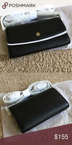 b3f31d39e895 Tory Burch Leather Wallet Crossbody bag Tory Burch pebbled leather wallet-on -a-