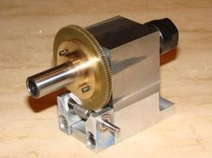 Building a small and simple dividing head - CNC/Kwackers driven Diy Lathe, Diy Cnc, Lathe Tools, Metal Mill, Metal Shop, Homemade Lathe, Homemade Tools, Metal Projects, Lathe Projects