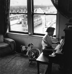 The poet Gwendolyn Brooks photographed in her apartment, 1948, Chicago. Wayne Miller