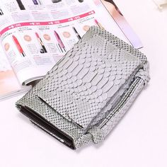 A4037 Chic Python Embossed Genuine Leather Cross-body Shopping Bi-fold Handbag Wallet