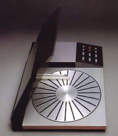 Bang & Olufsen Beogram 8002 tangential pickup arm and auto disc sensor. Magnificent design and sounded pretty good too. 1984.