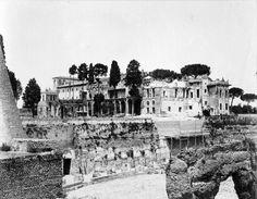 Foto storiche di Roma - Villa Mills sul Palatino Anno: 1903 Old Photos, Rome, Villa, Memories, Statue, Antique, Retro, World, Painting