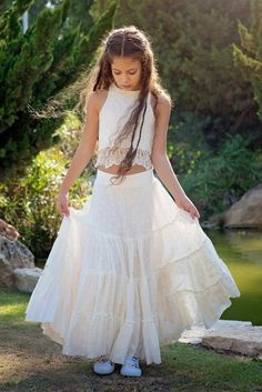ac7ab803aa Ivory Boho-chic Flower Girl Dress, Junior Bridesmaid Dress, Ivory Boho skirt  and top set, Boho flower girl dress, Bohemian Wedding